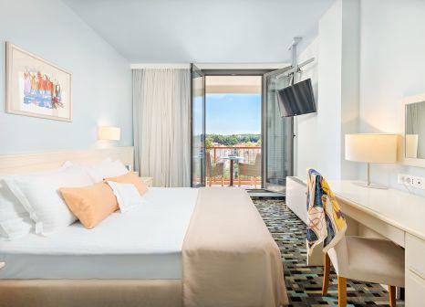 Hotelzimmer mit Yoga im Valamar Meteor Hotel