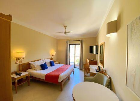 Hotelzimmer mit Mountainbike im Hotel Calypso Gozo