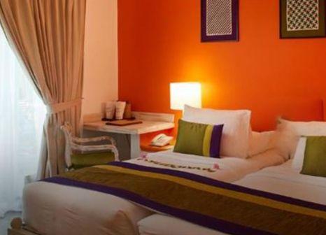 Hotelzimmer mit Tischtennis im Hotel Sigiriya