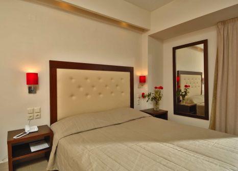 Hotelzimmer mit Volleyball im Marilena Hotel