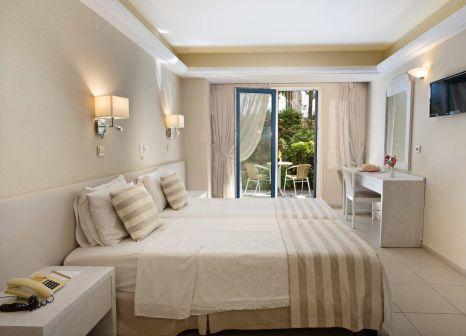 Hotelzimmer mit Yoga im Pearl Beach Hotel