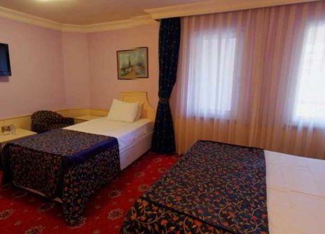 Hotelzimmer mit Hochstuhl im Berr Istanbul