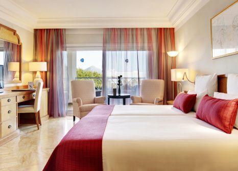 Hotelzimmer mit Volleyball im Grupotel Parc Natural & Spa