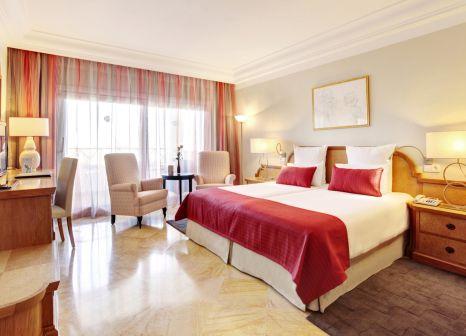Hotelzimmer mit Mountainbike im Grupotel Parc Natural & Spa