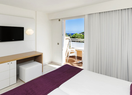 Hotelzimmer mit Yoga im Insotel Cala Mandía Resort & Spa