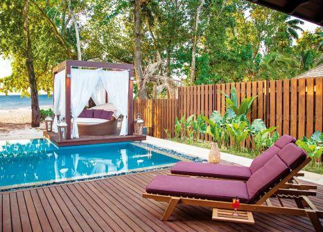 Hotelzimmer mit Volleyball im STORY Seychelles