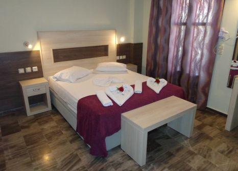 Hotelzimmer mit Sandstrand im Niki Studios