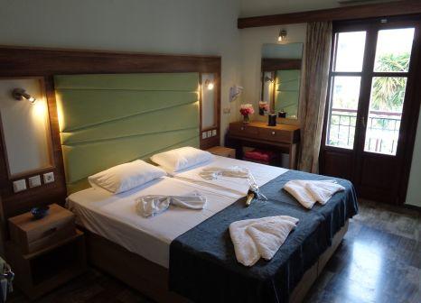 Hotelzimmer im Niki Studios günstig bei weg.de
