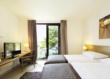 Hotelzimmer mit Tischtennis im Hotel Astarea