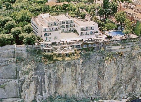 Grand Hotel Riviera in Golf von Neapel - Bild von DERTOUR