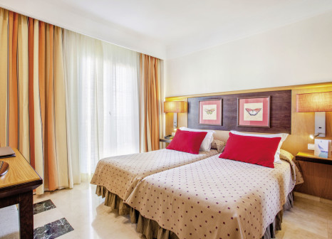 Hotelzimmer mit Golf im Grupotel Playa de Palma Suites & Spa