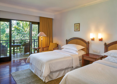 Hotelzimmer mit Golf im Sheraton Senggigi Beach Resort