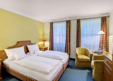 Hotelzimmer mit Tischtennis im Berghotel Hammersbach