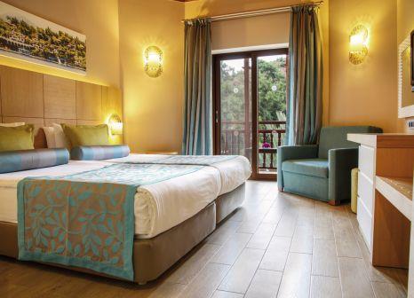 Hotelzimmer mit Volleyball im Club & Hotel Letoonia