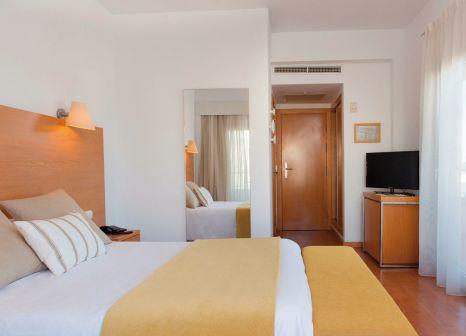 Hotelzimmer mit Minigolf im JS Alcudi Mar