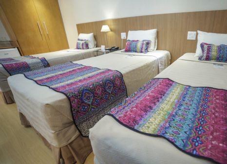 Hotelzimmer mit Hochstuhl im South American Copacabana