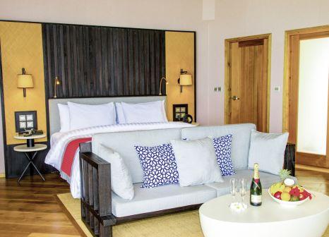 Hotelzimmer mit Volleyball im Meeru Island Resort & Spa