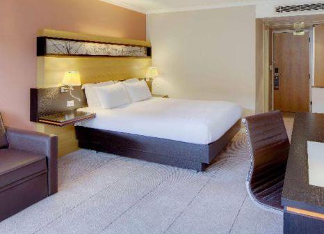 Hotelzimmer mit Golf im Hilton Manchester Airport