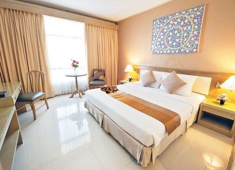 Hotelzimmer mit Pool im Pinnacle Lumpinee Park Hotel