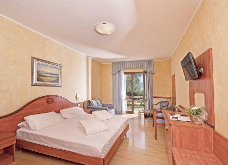 Hotelzimmer mit Tennis im Hotel Caravel