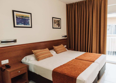 Hotelzimmer mit Pool im Hotel Marconi