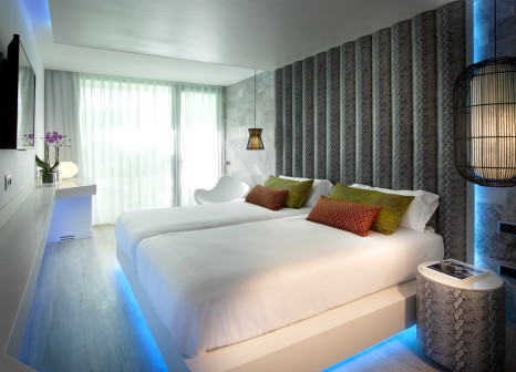 Hotelzimmer mit Mountainbike im Hard Rock Hotel Ibiza
