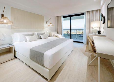 Hotelzimmer mit Mountainbike im Grand Palladium Sicilia Resort & Spa