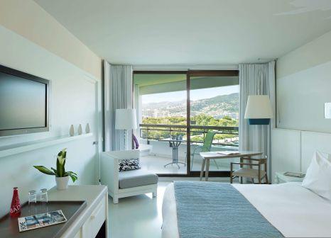 Hotelzimmer mit Tennis im Pullman Cannes Mandelieu Royal Casino