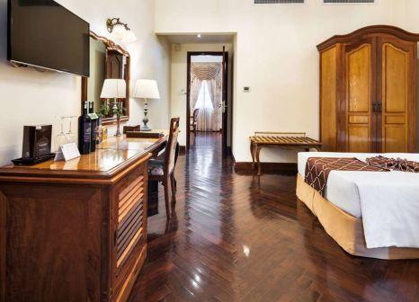 Hotelzimmer im Grand Hotel Saigon günstig bei weg.de