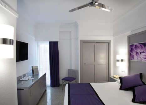 Hotelzimmer mit Golf im Hotel Riu Nautilus