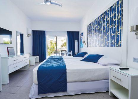 Hotelzimmer mit Golf im Hotel Riu Bambu