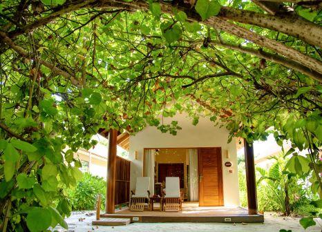 Hotel Reethi Faru Resort günstig bei weg.de buchen - Bild von FTI Touristik