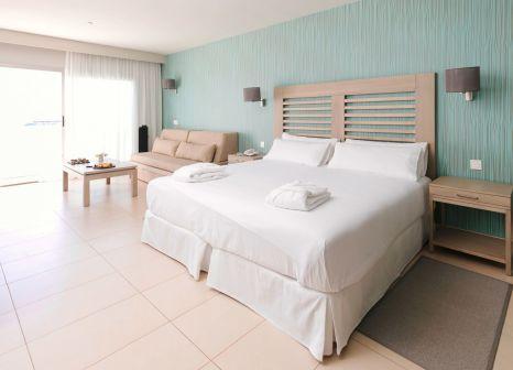 Hotelzimmer mit Volleyball im HD Beach Resort & Spa