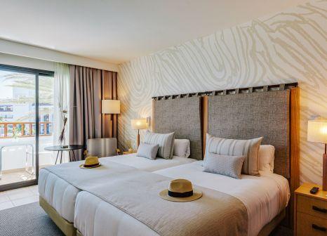 Hotelzimmer mit Volleyball im Secrets Lanzarote Resort & Spa