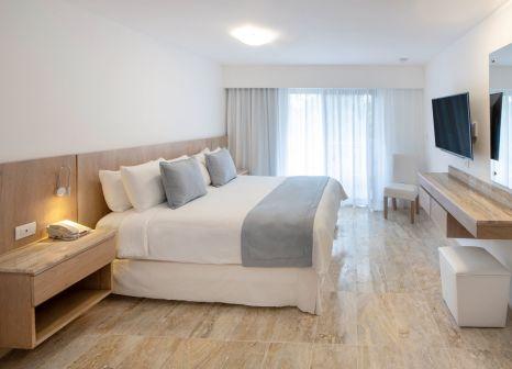 Hotelzimmer mit Mountainbike im Viva Wyndham Dominicus Palace