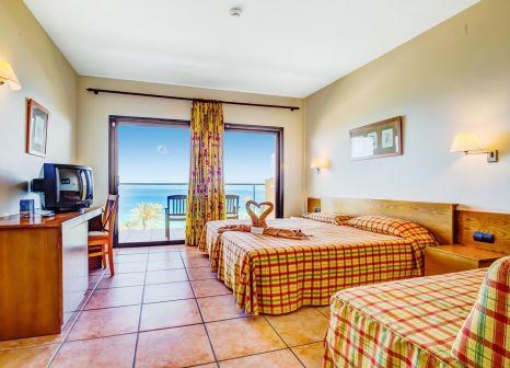 Hotelzimmer mit Volleyball im SBH Hotel Club Paraiso Playa