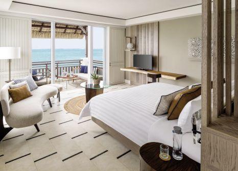 Hotelzimmer mit Volleyball im Shangri-La Le Touessrok, Mauritius