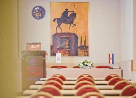 Hotelzimmer mit Casino im Hotel Central Zagreb