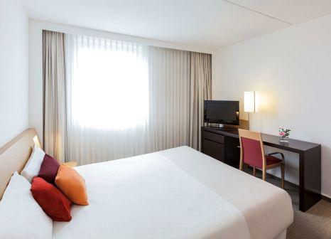 Hotelzimmer mit Tennis im Novotel Maastricht