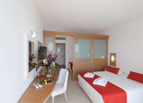 Hotelzimmer mit Mountainbike im Rodos Princess Beach Hotel