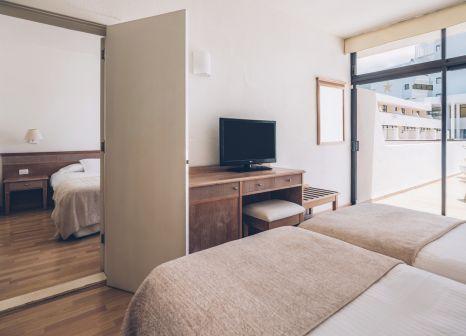 Hotelzimmer mit Yoga im Iberostar Las Dalias