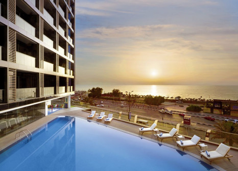 Hotel Wyndham Garden Ajman Corniche günstig bei weg.de buchen - Bild von FTI Touristik