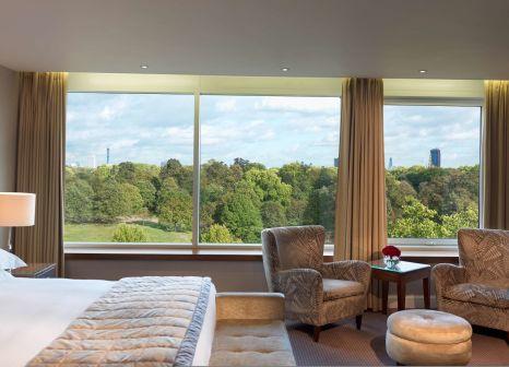 Hotelzimmer im Royal Garden günstig bei weg.de