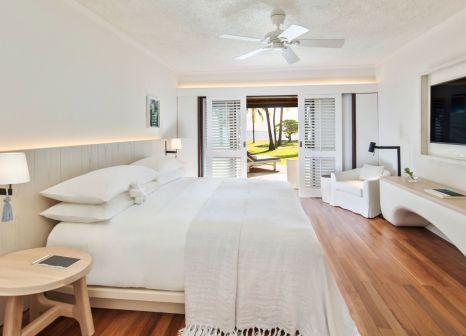 Hotelzimmer mit Volleyball im LUX* Le Morne