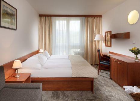 Hotelzimmer mit Minigolf im Clarion Spindleruv Mlyn