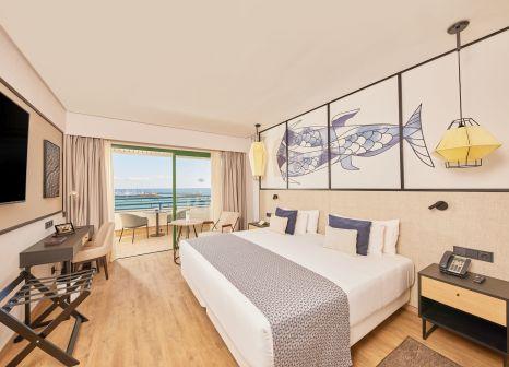 Hotelzimmer mit Yoga im Dreams Lanzarote Playa Dorada Resort & Spa