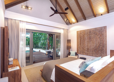Hotelzimmer mit Mountainbike im Vakkaru Maldives