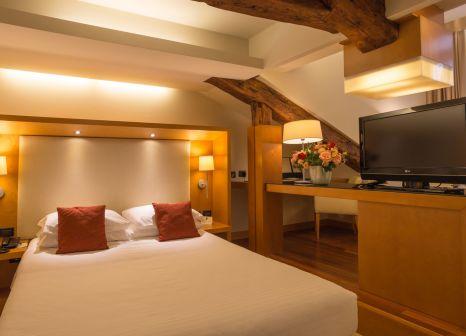 Hotelzimmer mit Hochstuhl im Ruzzini Palace