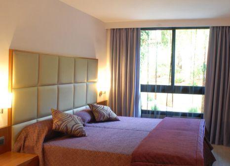 Hotelzimmer mit Mountainbike im Protur Turó Pins Hotel