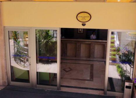 Hotelzimmer mit Tischtennis im Elamir Grand Lukullus